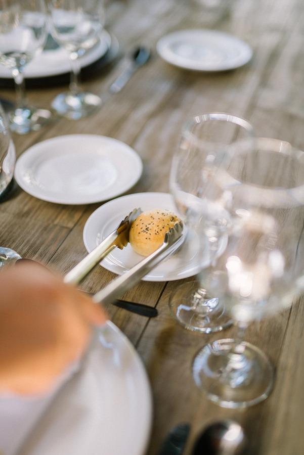 Pan en una mesa de bodas